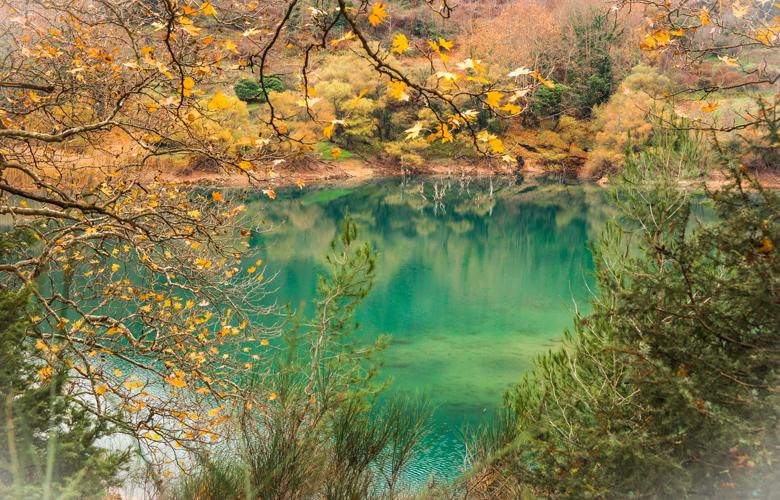 Η τραγική ιστορία πίσω από τη δημιουργία της λίμνης Τσιβλού – News.gr